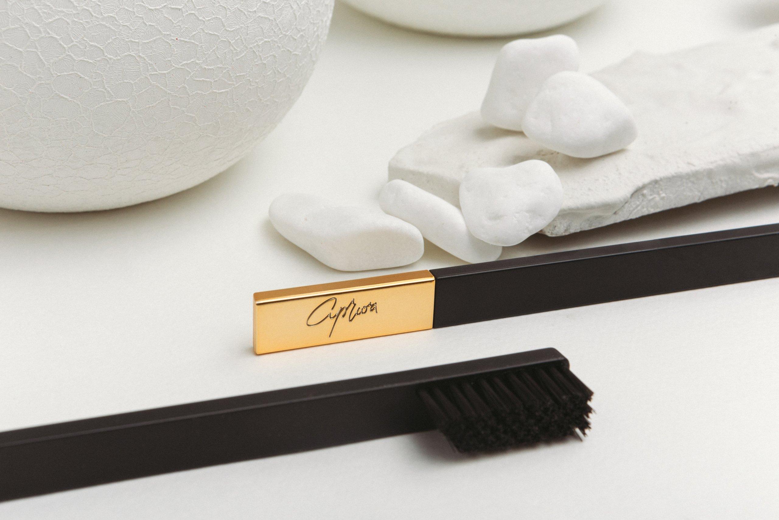 Зубная щетка Slim by Apriori получившая Red Dot Design Award