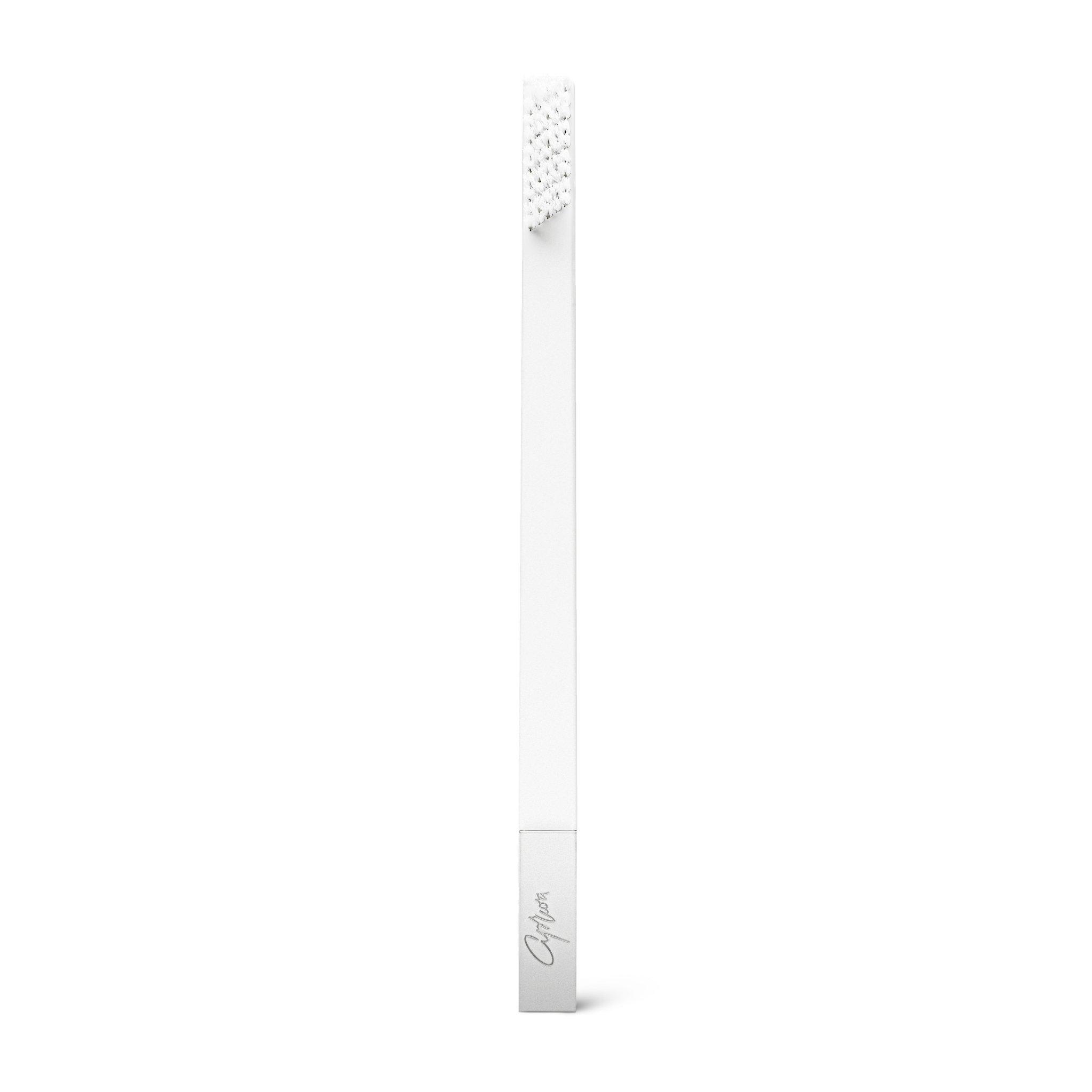 Дизайнерская белая зубная щетка SLIM by Apriori с серебром